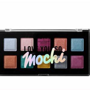 🌼2 FOR 10🌼 love you so mochi NYX Eyeshadow